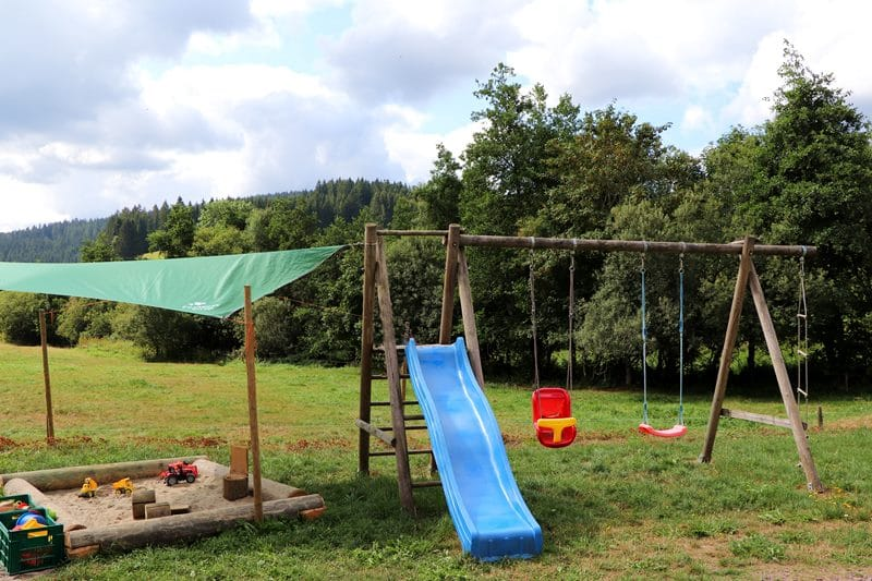gaestehaus-josenmuehle-spielplatz